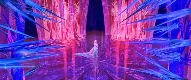 Frozen-elsa-palace-still
